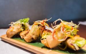 Paquetitos de pato Crujiente con salsa de ciruela  - Shanghai mama