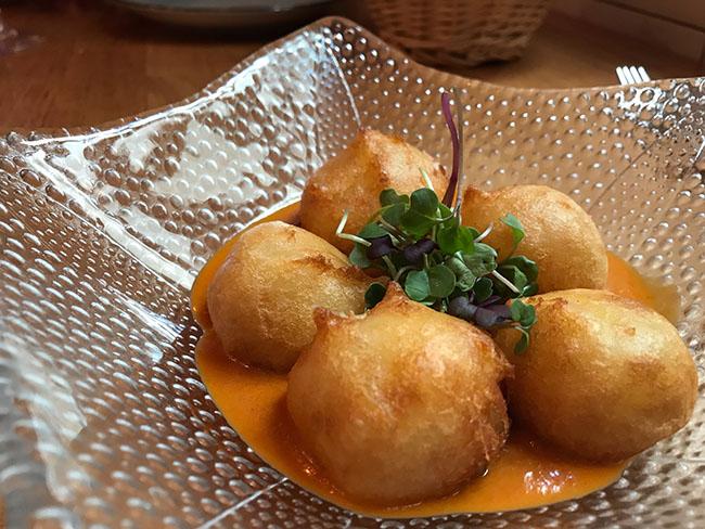 patatas bravas_Taberna y Media